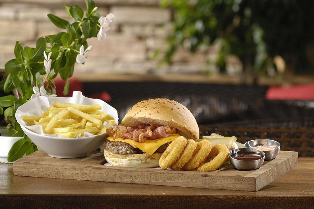 Yhe Hangout oludeniz burger menu